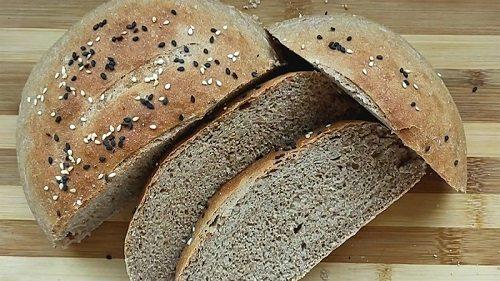 Bánh mì nguyên cám - món ăn đêm không tăng cân