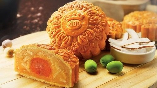 Bánh trung thu đậu xanh hạnh nhân