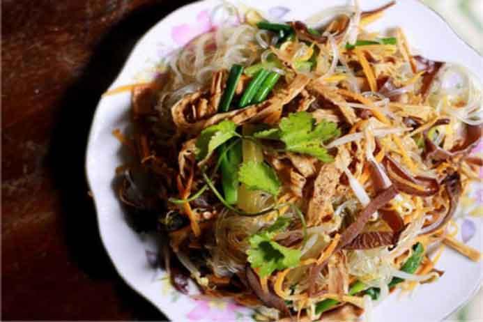 Các món ăn với măng khô dễ làm, dễ ăn, không bị